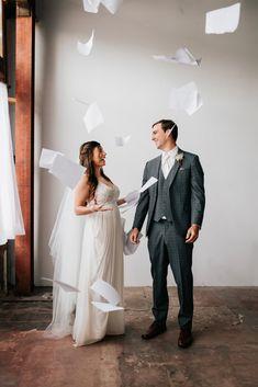 The Office Wedding Ideas The Office Wedding, Daily Life Hacks, Wedding Events, Wedding Ideas, Weddings, Michael Scott, Pop Culture, Photo Galleries, Engagement