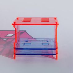Tooth Caddy Red Blue