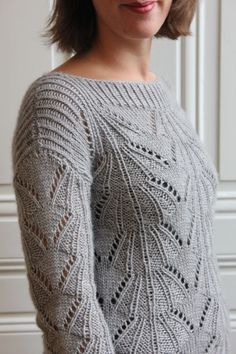 Pull Erzats Des Petits Hauts Lise Tailor Pull Crochet, Knit Crochet, Lise Tailor, Yarn Inspiration, Knit Patterns, Traditional Dresses, Knitwear, Pullover, Couture