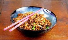 FRIED RICE: This Chinese fried rice has the flavor those other recipes are missing. Tastes like takeout. Make sure you season your rice with salt before it cooks. Add some butter to the cooking water, (Thai Rice Recipes) Rice Recipes, Asian Recipes, Chicken Recipes, Dinner Recipes, Cooking Recipes, Ethnic Recipes, Chinese Recipes, Cabbage Recipes, Top Recipes