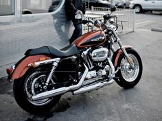 Harley-Davidson XL 1200 Custom. Same model I have :) but my color is Fire Red Pearl