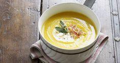 Wie wär's heute Abend mal mit einer Kürbissuppe?   eatsmarter.de