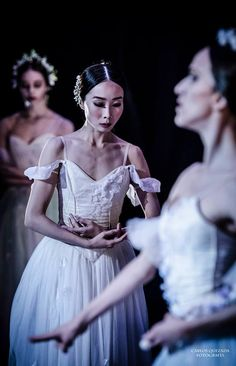Mayuko Nihei as Giselle in Act 2 of Giselle