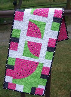 Watermelon table runner...this would be sweet in 'red~white~and~blue' for the Fourth of July Party Table...