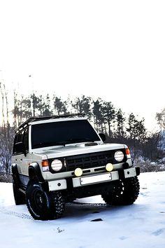Mitsubishi Pajero -> Hyundai Galloper -> Mohenic Garages redesign - MohenicG Sahara for Expedition www.the.co.kr
