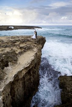 Hawaiian wedding We need a bride and groom ocean picture