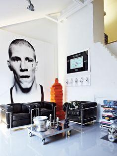 Masculine interior home deco black & white interior