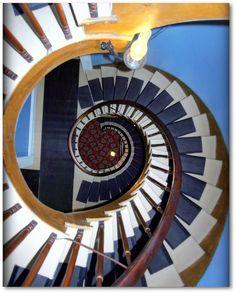 1854-Octagonal Stair