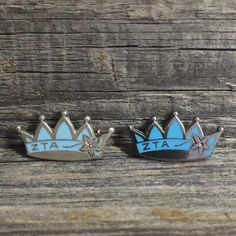Did you know we have a special pin for mothers to wear? This sterling silver crown with turquoise enamel and a white violet can be worn by any mother of a Zeta or ZTA House Director. The lighter turquoise (left) is from the late '60s and the darker one (right) is a current pin. These pins can be ordered through International Office!