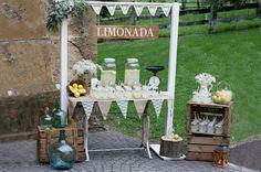 rincon_limonada_post_limon_las_tres_sillas Table Decorations, Furniture, Home Decor, Wedding Decoration, Chairs, Decoration Home, Room Decor, Home Furnishings, Home Interior Design