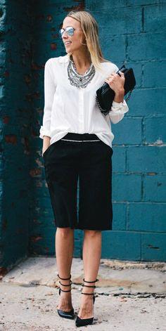 Da birkenstock à saia trompete, Gloria Kalil indica como usar 8 tendencinhas do verão no guarda-roupa de trabalho | Chic - Gloria Kalil: Moda, Beleza, Cultura e Comportamento