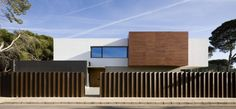 Residence D and E House 1 Impressive Family Dwelling by the Sea in Castellón, Spain
