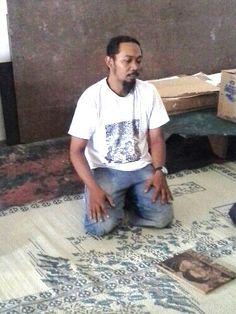 Taring Padi in his studio