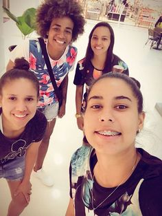 As garotas do futebol feminino Brasileiro representando a Vulpi Co. por onde passam. 🇧🇷⚽✌ Siga-nos no Pinterest e fique por dentro de todas novidades. #vulpicooficial #vulpico #vistavulpi #vivavulpi #vulpi Loja online: http://vulpico.com.br/