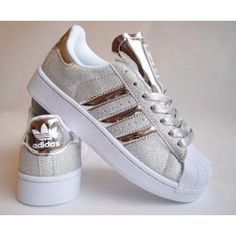 Different Types Of Sneakers Pretty Shoes, Cute Shoes, Me Too Shoes, Ankle Sneakers, Adidas Sneakers, Gold Sneakers, Adidas Fashion, Sneakers Fashion, Adidas Superstar