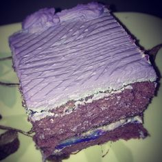 Ube Macapuno Cake from Mom's Bake Shoppe in Chicago AWESOME!!!