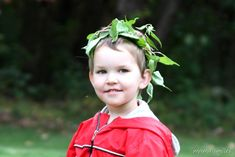 leaf crown with ivy/viny plants.  I have just the thing for this.  :-)