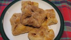 Hemetschwenger (Mennonite Apple Turnovers) (1) From: Food (2) Webpage has a convenient Pin It Button