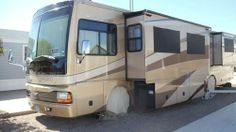 2005, Discovery 39L Like new condition. The coach has recently had $10K worth of upgrades. Nothing is missing and everything works. - See more at: http://www.rvregistry.com/used-rv/1003803.htm#sthash.Iz5S24bc.dpuf