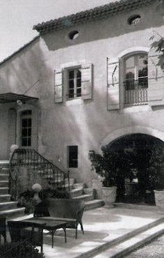 BOSC ARCHITECTES - MICHEL SEMINI paysagiste - SOPHIE BOSC décoration - bastide terrasse