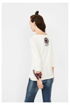 Camiseta blanca con paisley | Desigual.com G