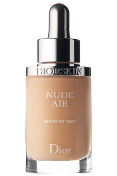 What it is:A lightweight foundation serum that creates an enhanced complexion and a sheer finish. What it does:Dior's Diorskin Nude Air is a weightless, ultra-fluid foundation serum that creates a nude makeup look. Dior Foundation, Beste Foundation, Foundation For Mature Skin, Spray Foundation, Foundation Tips, Makeup For Mature Skin, Best High End Foundation, Forever Foundation, Makeup Products