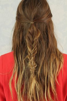 so trying this tomorrow! messy fishtail half up.