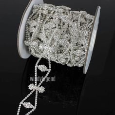 1 Yard Silver Tone Clear Crystal Rhinestone Applique Costume Chain Sewing  Trims  Unbranded Sewing Trim 6be890211dec