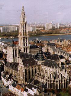Kathedrale Antwerpen Belgien im Belgien Reiseführer http://www.abenteurer.net/1000-belgien-reisefuehrer/
