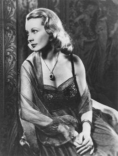 Silver Screen Nostalgia Vivian Leigh 1949.