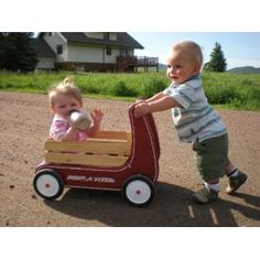 This right sized Classic Walker Wagon is perfect for a little person who likes to push and play. The little one can load the Radio Flyer 12S Classic Walker Wagon with toys and enjoy pushing it around.