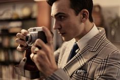 Henry Lloyd-Hughes - SANDRO BAEBLER   PHOTOGRAPHER