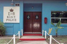 Vue des bureaux de l'administration du territoire britannique de l'océan Indien à Diego Garcia. ◆Territoire britannique de l'océan Indien — Wikipédia http://fr.wikipedia.org/wiki/Territoire_britannique_de_l%27oc%C3%A9an_Indien #British_Indian_Ocean_Territory