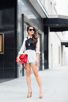 Wow this is such a sexy stunning outfit for summer. Impressed by Wendy!