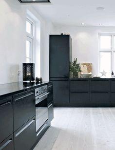 cucina-nera-via-interiorbreak-8