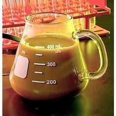 Erlenmeyer Flask Mug. The science nerd in me loves this. I Drink Coffee, Coffee Love, Coffee Cups, Coffee Flask, Coffee Art, Erlenmeyer Flask, Cute Mugs, Mug Cup, Tea Pots