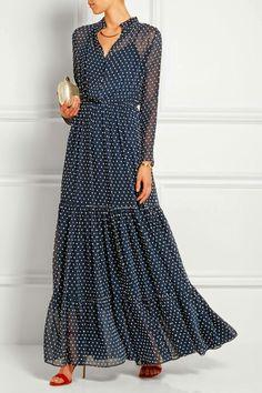 Saloni Alexia Swiss-dot chiffon maxi dressclose up Modest Fashion, Hijab Fashion, Fashion Dresses, Boho Fashion, 40s Fashion, Fashion Tips, Chiffon Maxi Dress, Dress Skirt, Dress Up