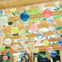 夏の風物詩!見ているだけで涼しい日本全国の''風鈴イベント''8選 | RETRIP[リトリップ] Aesthetic Japan, Aesthetic Themes, Aesthetic Images, Japanese Culture, Japanese Art, Japanese Wind Chimes, Japanese Trends, Happy Pop, Tanabata