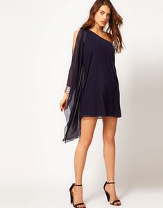 Buy ASOS Dress With One Shoulder And Embellished Cuff at ASOS. Get the latest trends with ASOS now. Dress Outfits, Casual Outfits, Dress Up, Love Fashion, Plus Size Fashion, Fashion Design, Fashion Vestidos, Fashion Dresses, Fiesta Outfit