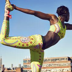 Flying colors. #nike #tightofthemoment #sparklingsunburst #bra #style