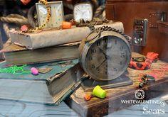 WHITEVALENTINE - Italian Jewels Shop Windows, Jewels, Shopping, Jewerly, Store Windows, Gemstones, Fine Jewelry, Gem, Jewelery