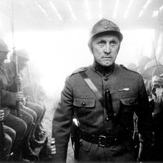 "Kirk Douglas en ""Senderos de Gloria"" (Paths of Glory), 1957"