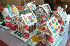 spitakia apo biskota me glaso Christmas Crafts, Christmas Decorations, Sweet Recipes, Food To Make, Gingerbread, Birthday Cake, Cooking Recipes, Baking, Handmade Gifts