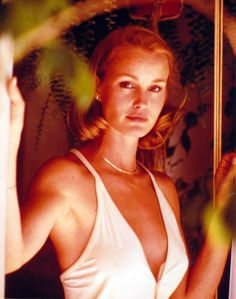 Jessica Lange- I idolized and wanted to be her. She is the shit. Hollywood Stars, Old Hollywood, Hollywood Glamour, Jessica Lange King Kong, Gorgeous Women, Beautiful People, Beautiful Celebrities, She Walks In Beauty, Actress Jessica
