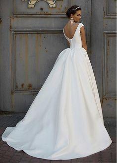 comprar Maravilloso barco del satén escote de bola vestido de novia de descuento en Dressilyme.com