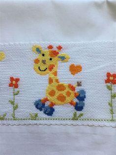 Tiny Cross Stitch, Baby Cross Stitch Patterns, Cross Stitch For Kids, Butterfly Cross Stitch, Cross Stitch Cards, Beaded Cross Stitch, Cross Stitch Borders, Simple Cross Stitch, Cross Stitch Animals