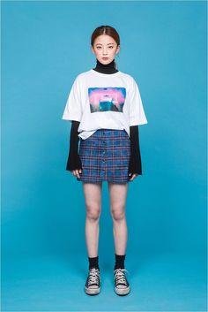 Shop 90s apparel here: www.soughtaftervintage.com Pinterest: @soughtaftervntg