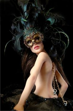 Artfully delicious~ pale skin contrasting with palettes of dark emeralds and robust black~ ~*~moonmistgirl~*~