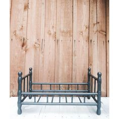 Peindre un meuble : 15 erreurs à éviter - Côté Maison Indoor Outdoor, Outdoor Decor, Bench, Outdoor Furniture, Vintage, Painting, Home Decor, St Max, Juliette
