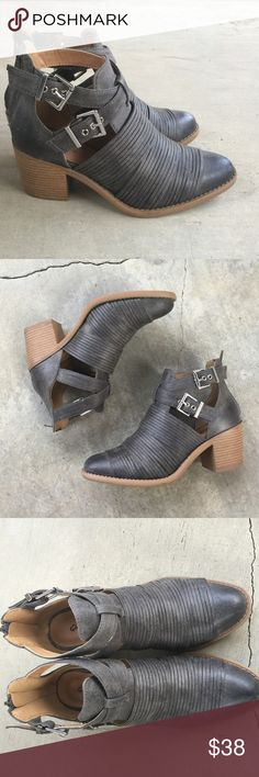 "Grey slashed buckled ankle boots Buckle into these beauties. These booties are the ideal booties for any season. We love it paired with a distressed denim and heavy outerwear.  Material: Man-made, leatherette Sole: Synthetic  Measurement: Heel Height: 2.5""  Fitting: True to size Shoes Ankle Boots & Booties"